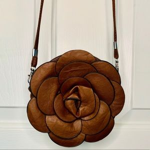 Cute Flower Zipper Crossbody Purse